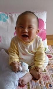우리아기 해맑은 미소