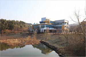 순천조례호수도서관 '해지면 열리는 미술관' 운영