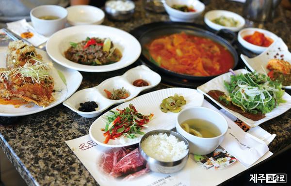 사모님정식으로 품격있는 점심식사 '광원'